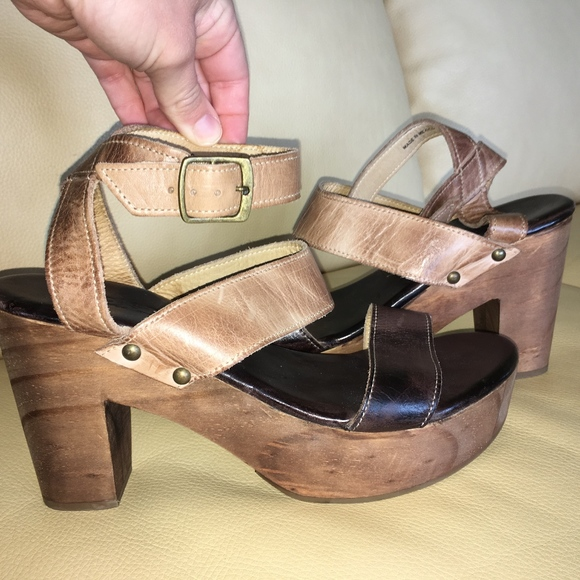 d7444ed55 Bed Stu Shoes - Bed Stu 2-Tone Leather Wood Clog Heeled Sandal 10